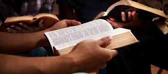 Huissamenkomsten - Bijbelstudie